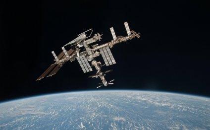 Земля со спутника в реальном